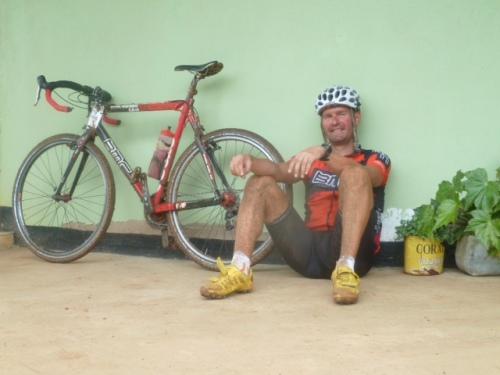 Ross und Reiter in Tansania