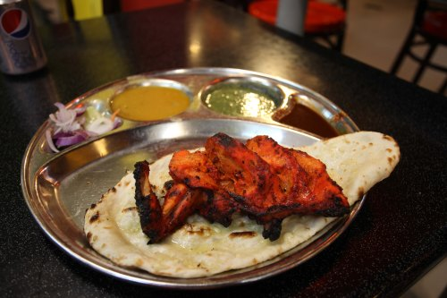 Tandoori Chicken with Naan Bread - NITE: 3